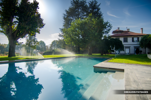 amenagement-piscine-collonges